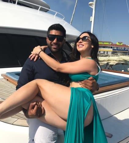 Simon Saran and New Girlfriend