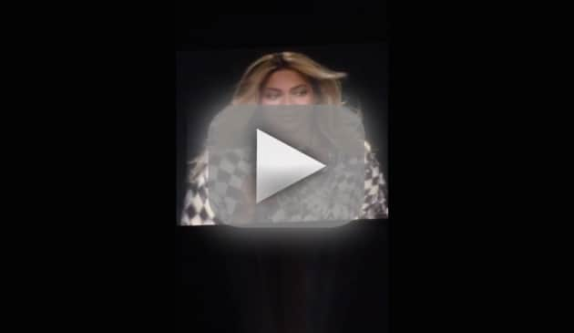 Beyonce Cries on Stage
