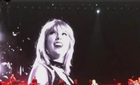 Taylor Swift with a Choker