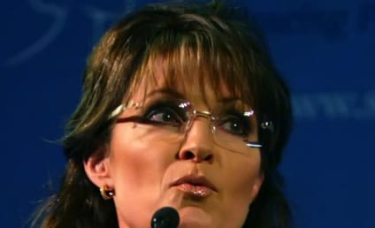 Sarah Palin Calls For Impeachment of Barack Obama, Twitter Doubles Over in Laughter