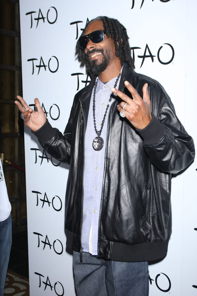 Snoop Dogg Posts Gay Slur Bashes Gay Followers On Twitter