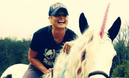 Miranda Lambert: Ignores Blake Shelton and Gwen Stefani; Celebrates Birthday