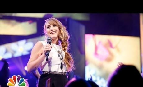 """Caroline Pennell: """"Wake Me Up"""" - The Voice"""