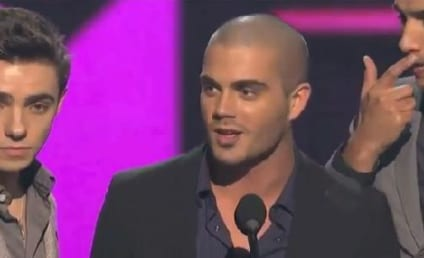 """The Wanted Wins, Breaks Into """"Afternoon Delight"""" at PCAs"""
