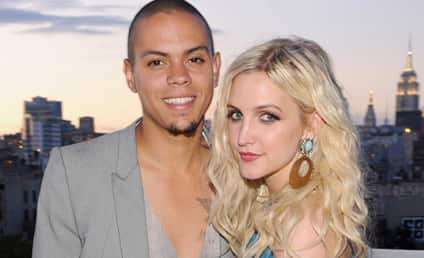 Ashlee Simpson Gives Birth to Second Child!