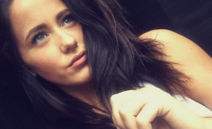Jenelle Evans: Stirring Up Trouble On Twitter AGAIN