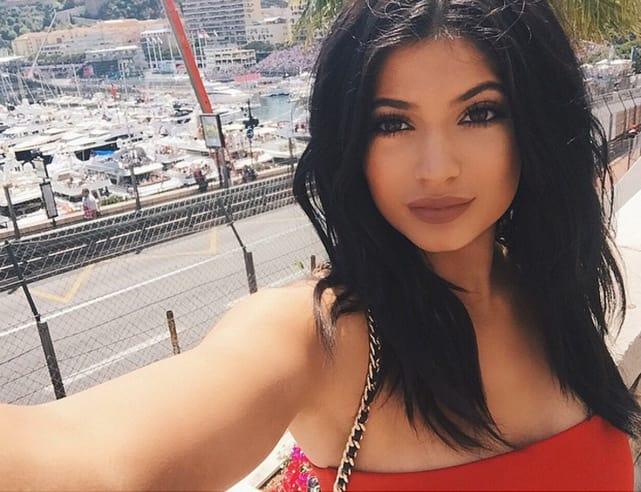 Kylie Jenner Takes a Self-Portrait