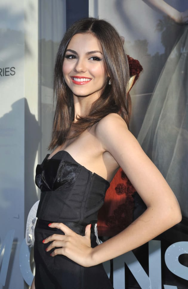 victoria justice naked have sex