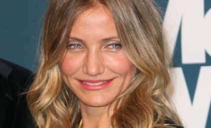A New Brunette, Cameron Diaz Joins Hair Dyeing Party