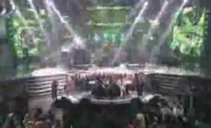 James Durbin Rocks Out on American Idol Finale