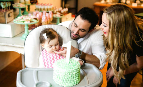 Molly and Jason Mesnick with Daughter
