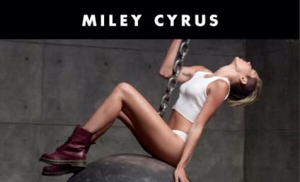 "Miley Cyrus ""Wrecking Ball"" Photo; Racy, Teasing Monday Release"