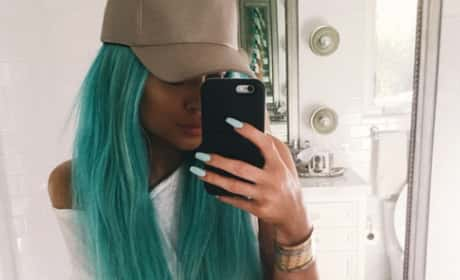 Kylie Jenner... in a Wig?