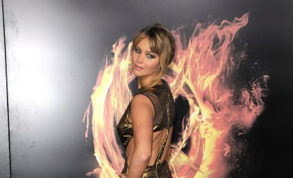 The Hunger Games Premiere Fashion Face-Off: Jennifer Lawrence vs. Miley Cyrus