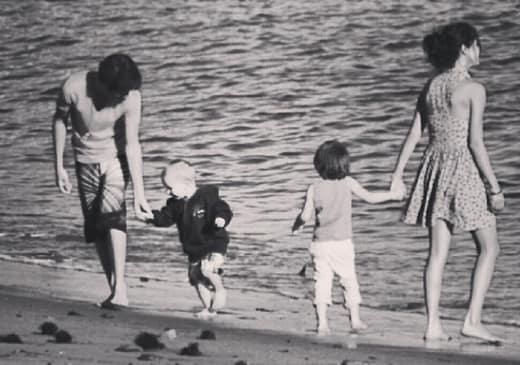 Justin Bieber and Selena Gomez Throwback Photo
