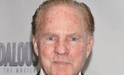 Frank Gifford Dies; NFL Legend Was 84