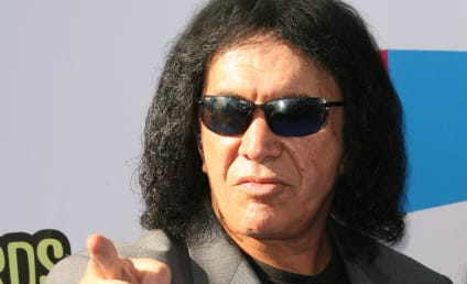 Gene Simmons Denies Accusations of Sexual Harassment