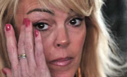 Should Lindsay and Dina Lohan Go to Rehab?