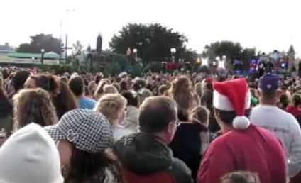 The Jonas Brothers Lead Christmas Parade Through Disney World