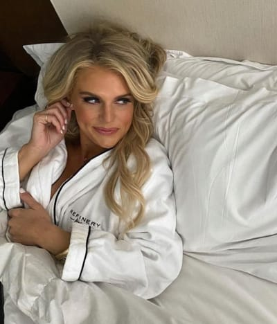 Madison LeCroy in Bed