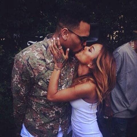 Chris Brown, Karrueche Tran Kiss