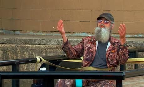 Duck Dynasty Clip - Si Hand Signals