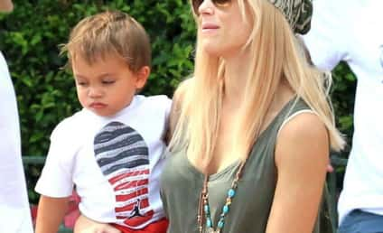Elin Nordegren and Kids to Leave Country, Tiger Woods Feeling Blue For the Holidays