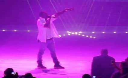 Kanye West Performs in Atlantic City, Serenades Kim Kardashian