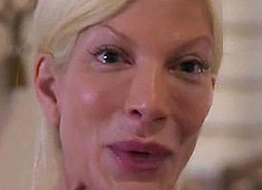 Tori Spelling Bawling