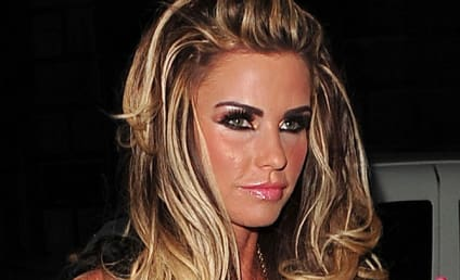 Fully Pregnant, Non-Nude Katie Price Hides from Cameras