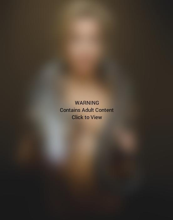 Gillian Anderson Topless
