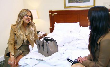 Kim Kardashian to Khloe: I'm Pregnant!