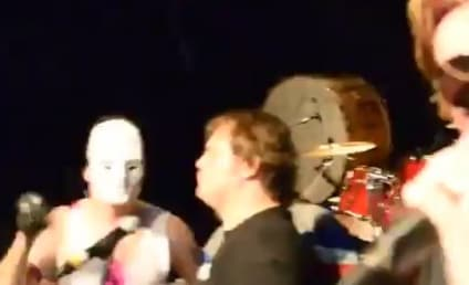 Jack Black Sings Bohemian Rhapsody With Queen Cover Band