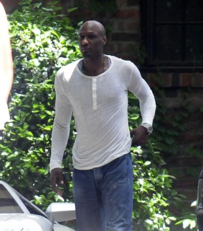 Lamar Odom Walking