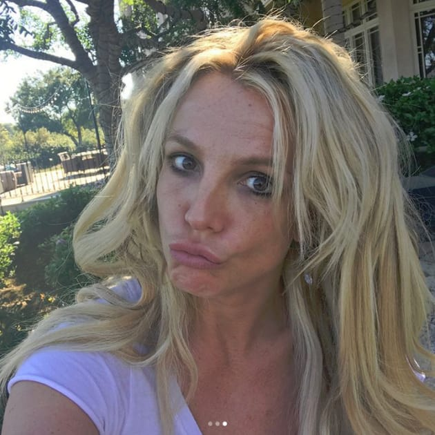 Britney Spears, No Makeup Selfie
