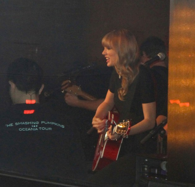 Taylor Swift Acoustic
