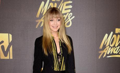 Gigi Hadid: 2016 MTV Movie Awards