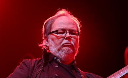 Walter Becker Dies; Steely Dan Musician Was 67