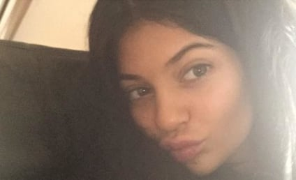 Kylie Jenner Posts No Makeup Selfie, Doesn't Look Like Kim For Once