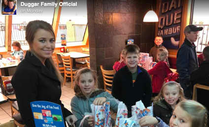 Jana Duggar: Still Not Courting, Still Slaving Away For Family!