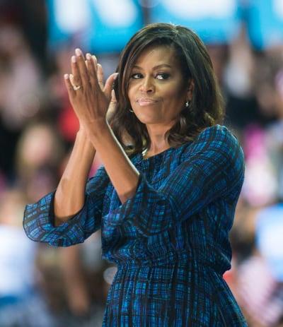 Michelle Obama Claps