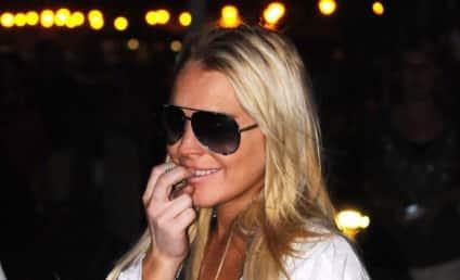 Stalker Much? Lindsay Lohan Living NEXT DOOR to Samantha Ronson; Beach Community Not Happy