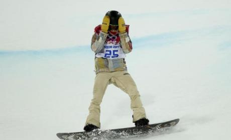Shaun White Falls, Fails to Medal in Sochi