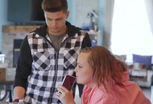 tyler baltierra and catelynn lowell on the phone listening