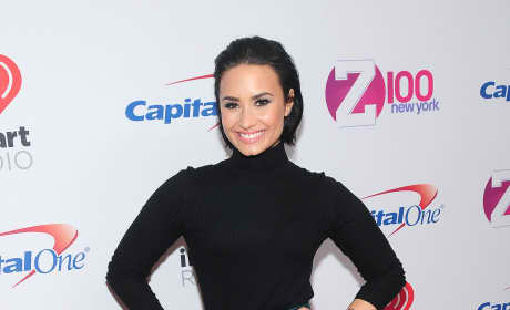 Demi Lovato: Z100's iHeartRadio Jingle Ball 2015