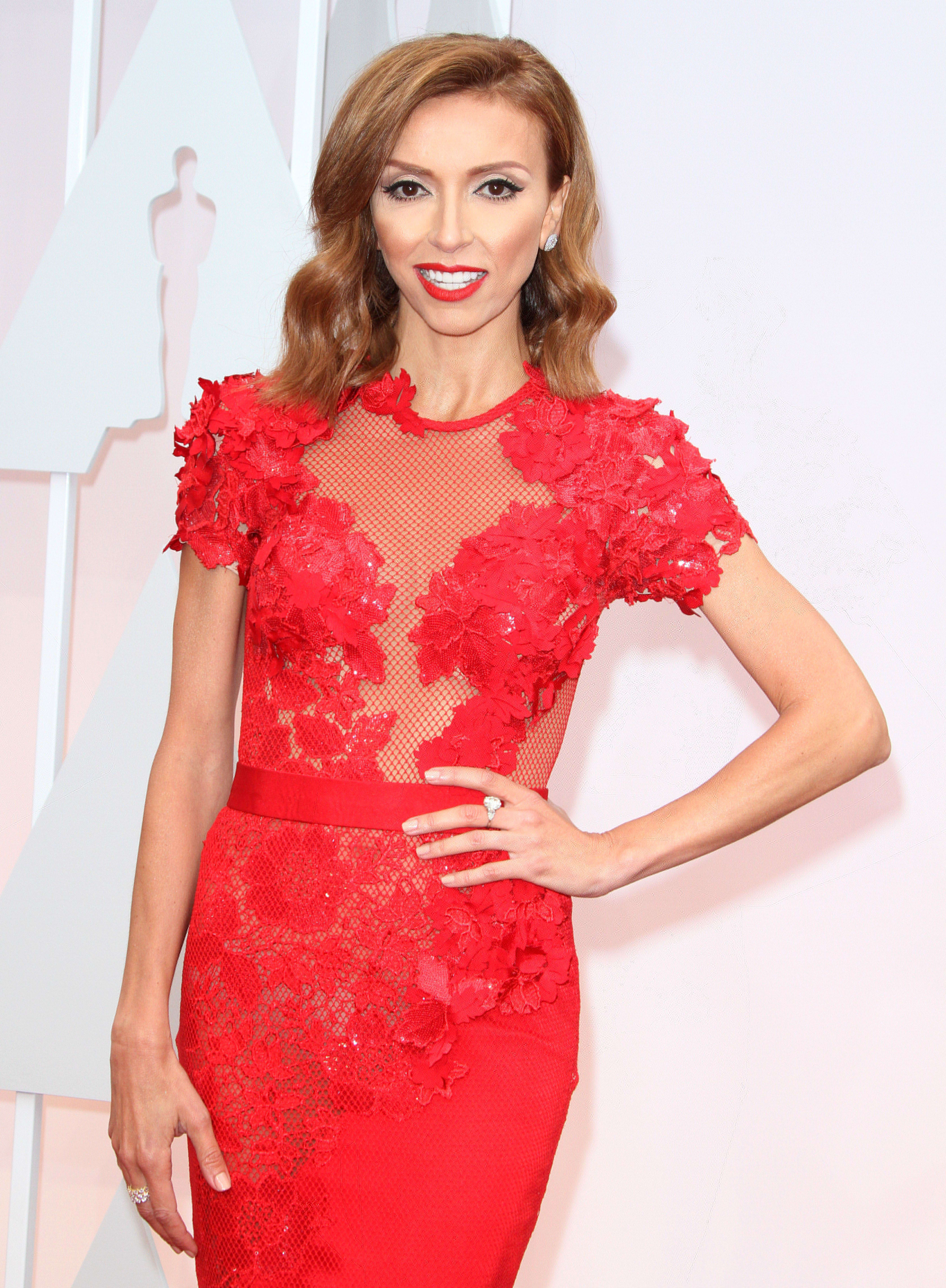 Maria Menounos vs Giuliana Rancic What s Their Beef Now The
