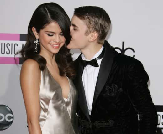Selena Gomez and Justin Bieber: 2011 American Music Awards
