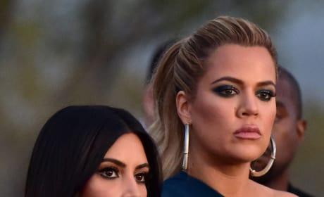 Kim Kardashian and Khloe Kardashian pic