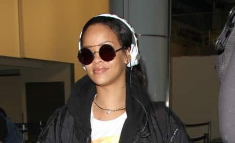 Rihanna Lands at LAX