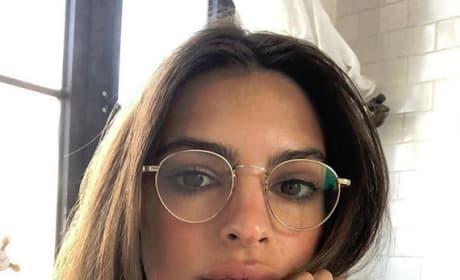 Emily Ratajkowski in Glasses